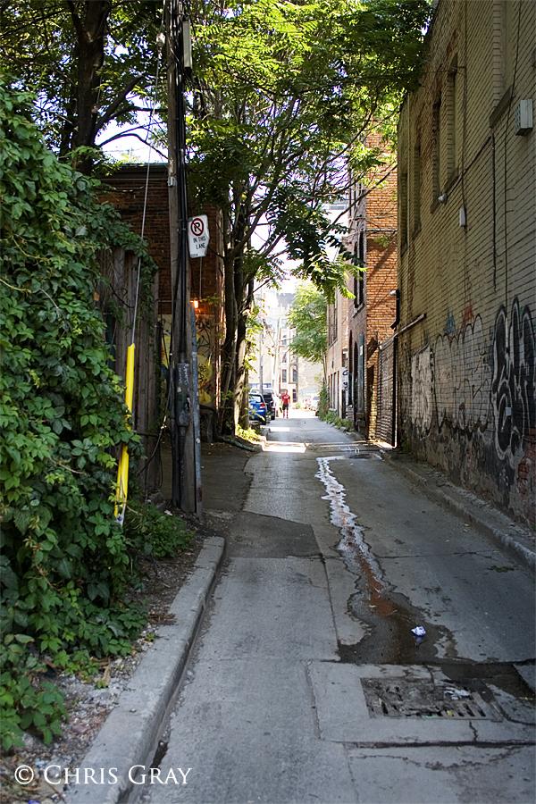 Alleyway 2.jpg